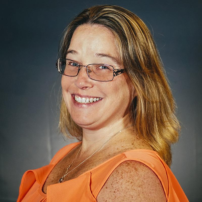 Tina Steur headshot